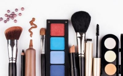 Simple Tricks To Keep Your Makeup Intact All Day Long